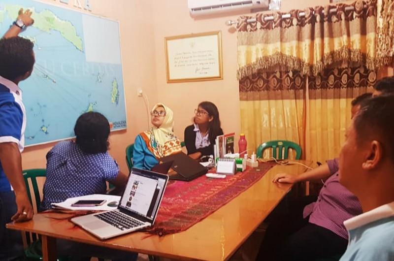 Kunjungan Pak Rolly, Pak Djwantoro (Rektor UK Petra) dan Pak Dady (Direktur Poltek Ambon) di Heka Leka.