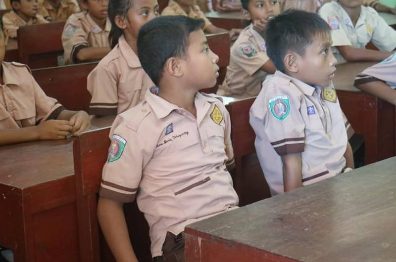 Heka Leka Goes To School di SD Negeri Seilale.