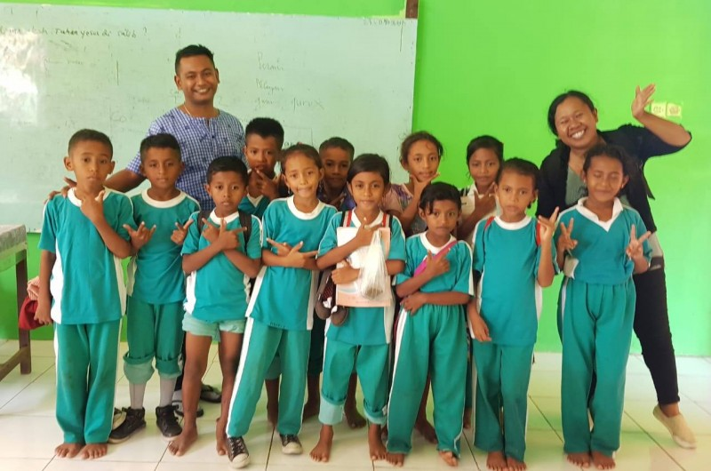 Heka Leka Goes To School Di SD Negeri Hukurila